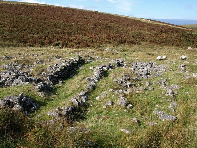 Walls near Plym Steps
