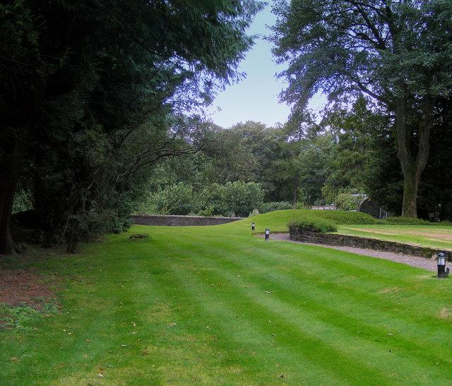 Grounds at Linn House