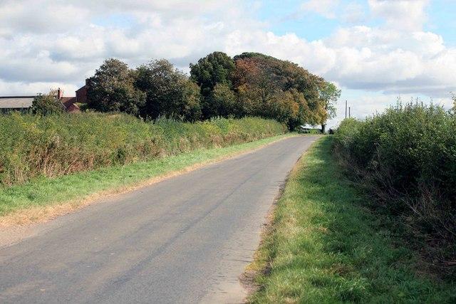The road past Field farm