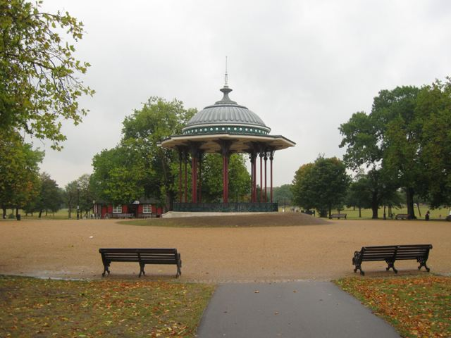The Central Circle on Clapham Common