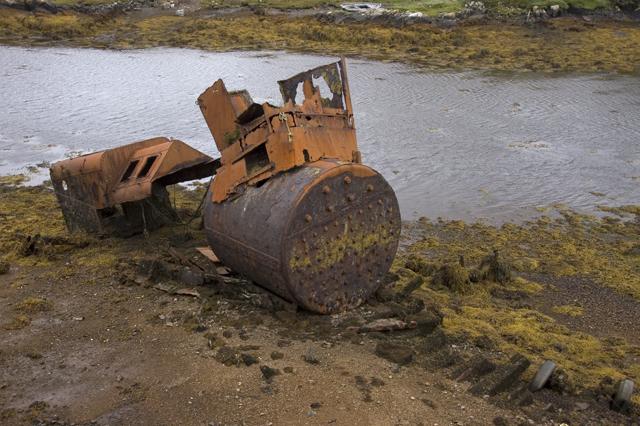 Ruin of old ship at Ceann a'Bhaigh