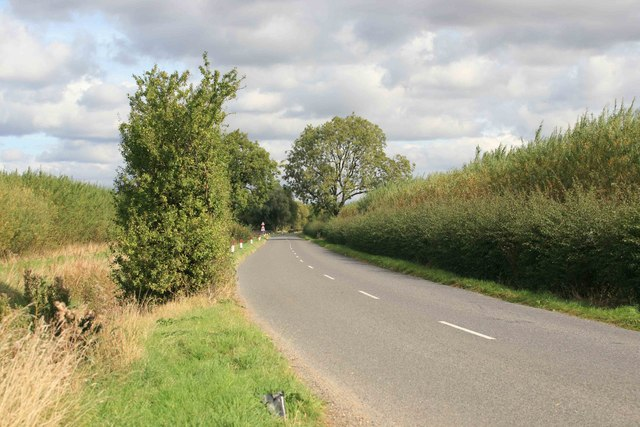 Road towards East Drayton