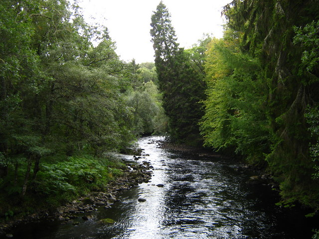 River Averon, Ardross estate