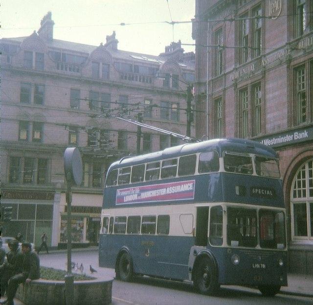 Trolleybus in Bradford City Centre