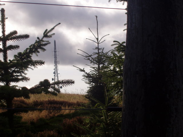 Radio/telephone tower on top of Hill of Corskie