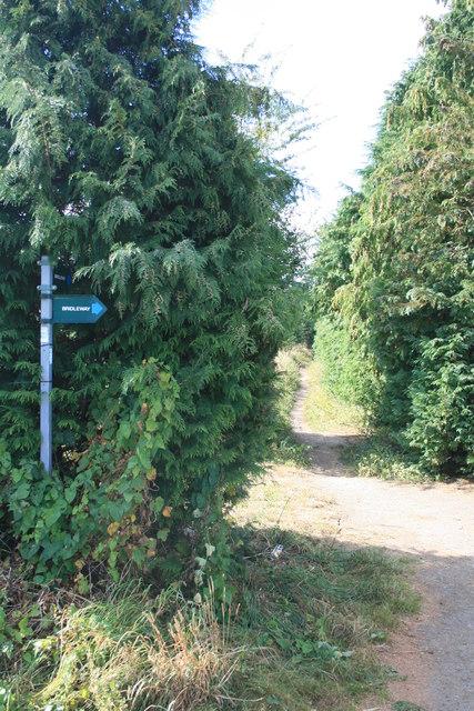 2 bridleways on the edge of Carterton