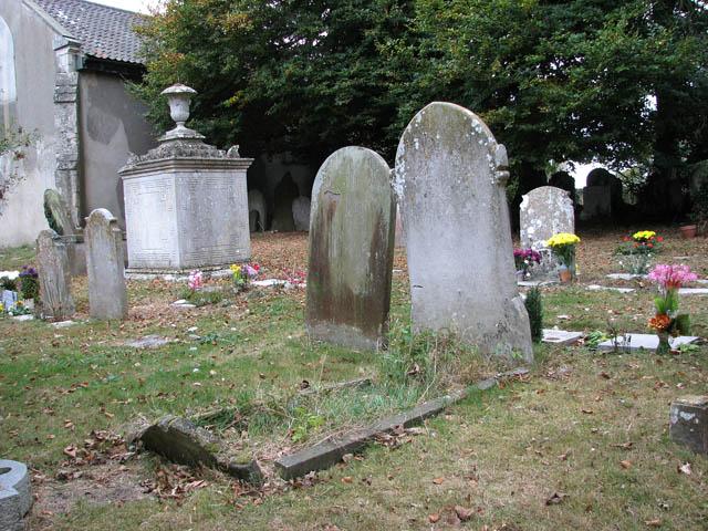 St John the Baptist's church - churchyard