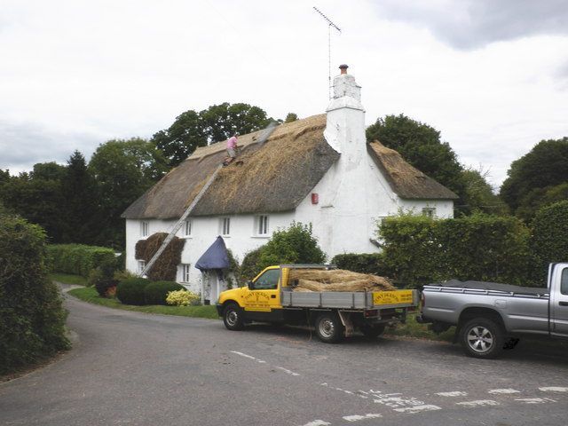 Thatching at Waddon Barton