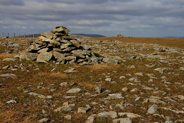 A cairn between Lochcraig Head and Talla East Side