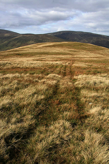 A grass track leading to Dead for Cauld
