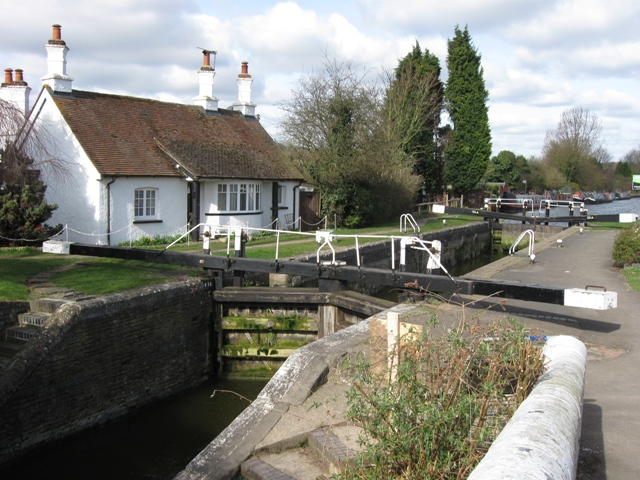 Grand Union Canal: Cow Roast Lock  No 46