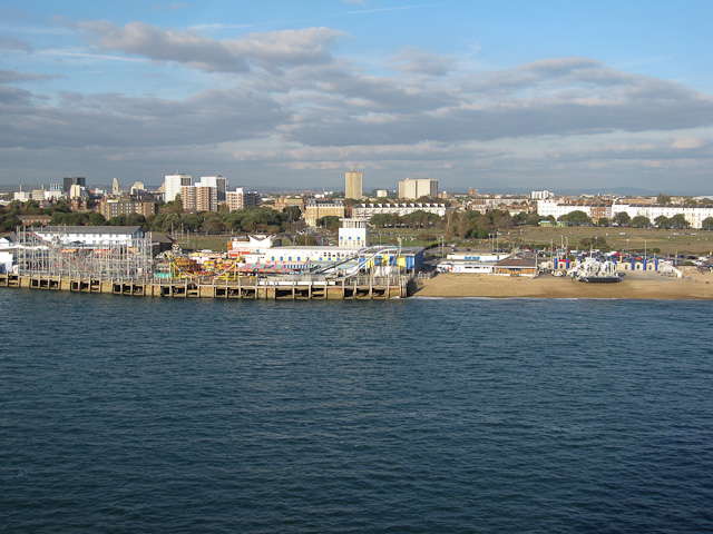 Hoverport and amusements