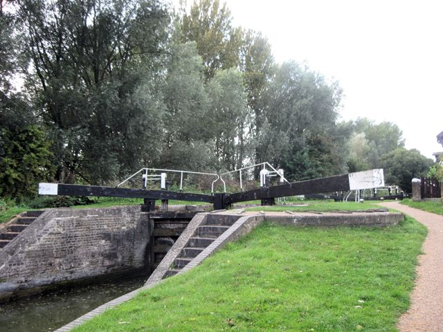 Grand Union Canal: Dudswell Top Lock No 47