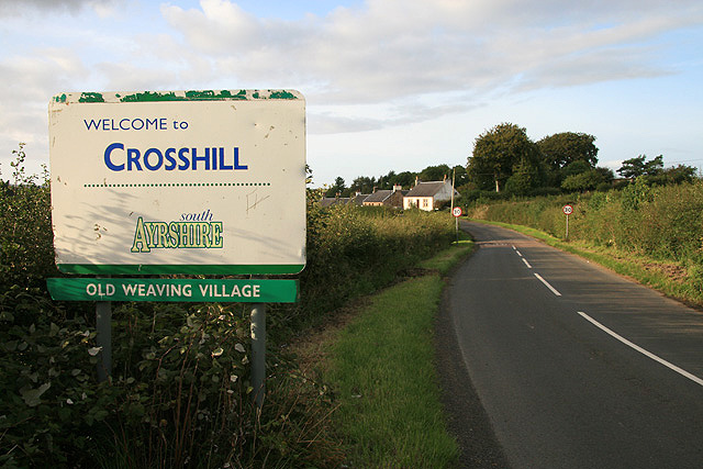 Approaching Crosshill from the south