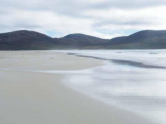Beach at Fadhail Losgaintir