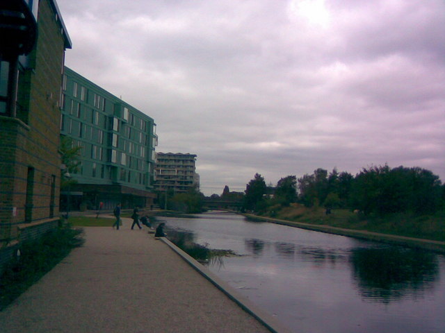 View looking north-northwest along Regent's Canal from Queen Mary University