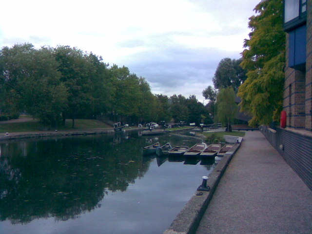 Boats and lock on the Regents Canal at Queen Mary University
