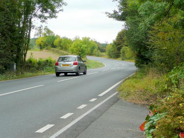 A424 south towards Burford