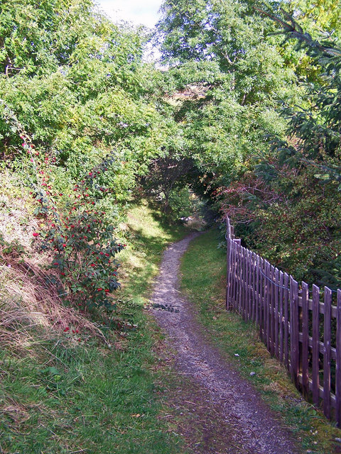 Footpath to Staffin Road, Portree