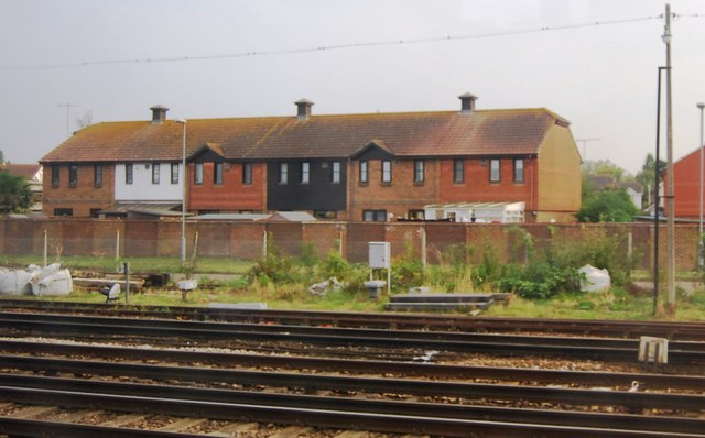 Houses by the railway line, Paddock Wood