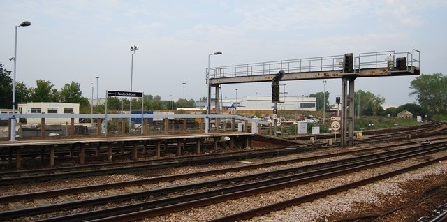 The end of platform 2 & 3, Paddock Wood