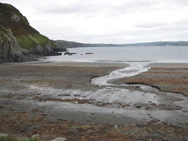 Ebb tide, Pwllgwaelod