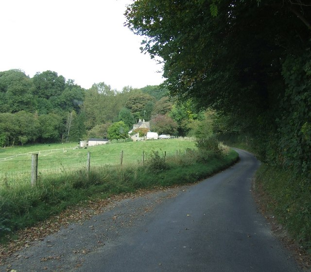 Approaching Caudle Green from Winstone
