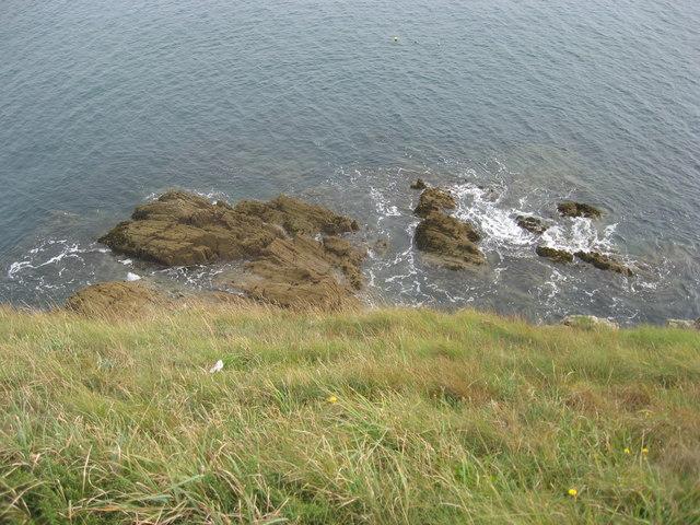 Rocky shoreline below Trwyn Cynddeiriog