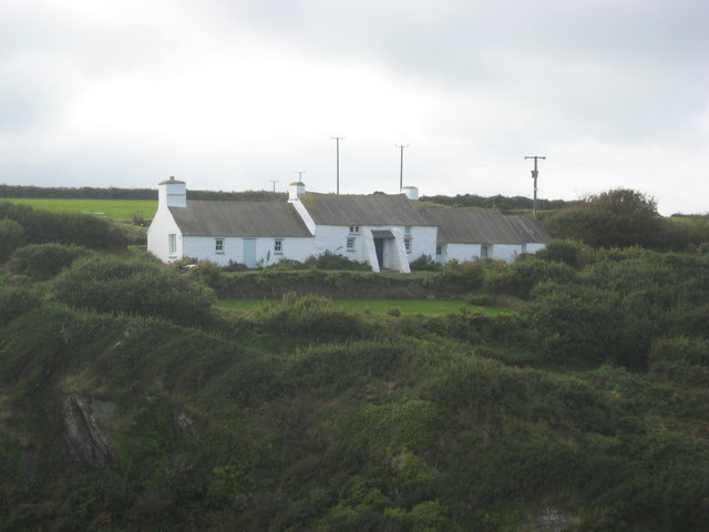 Vernacular housing above Porth Clais