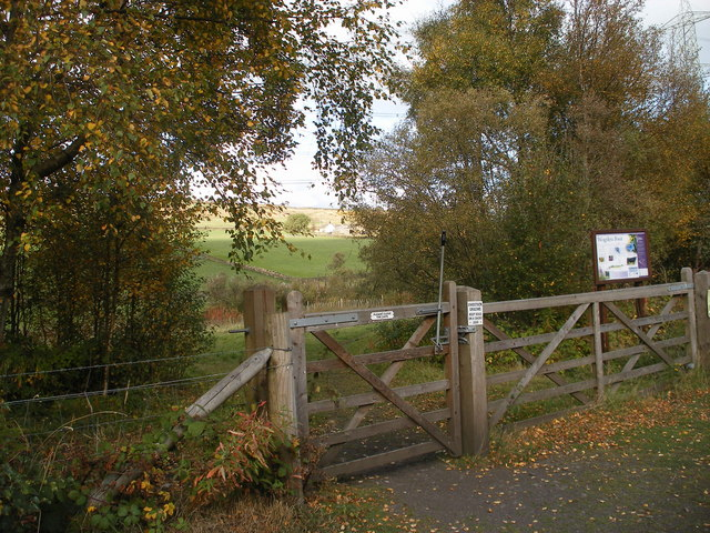 Gateway to Wogden Foot from the Trans Pennine Trail