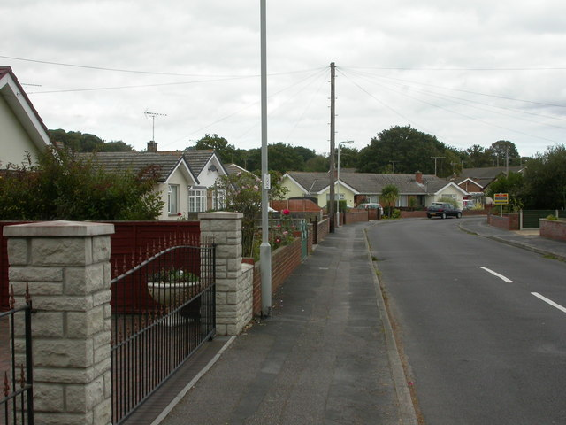 Upton, bungalows