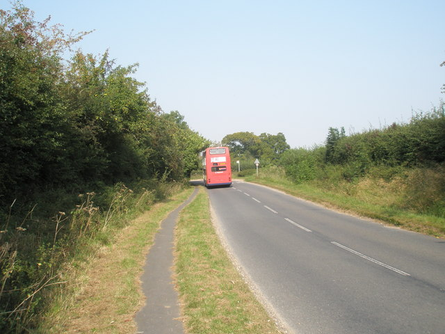 Bus in Hoe Road