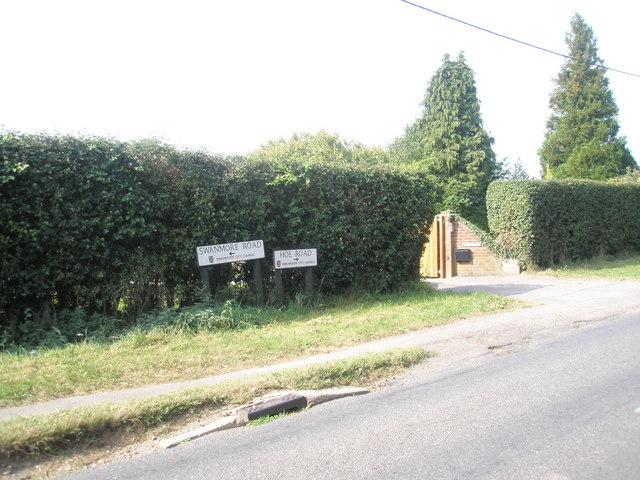 Boundary of Hoe and Swanmore Roads