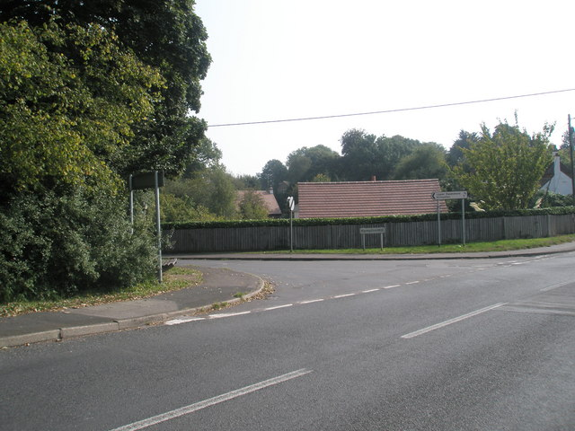 Junction of Swanmore Road with Hampton Hill