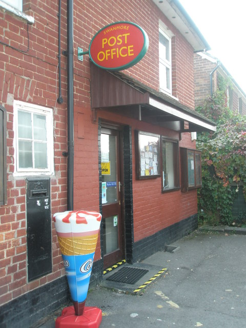 Swanmore Post Office in New Road