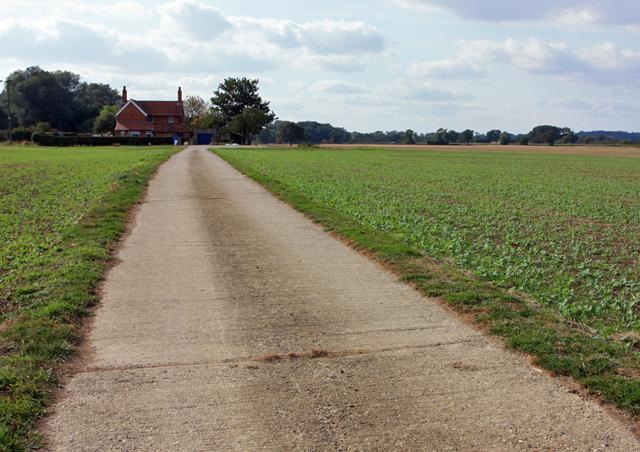Towards Keeper's Cottage, Scorborough