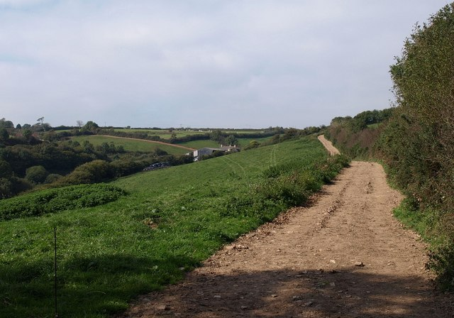 Track to Lapthorne Farm