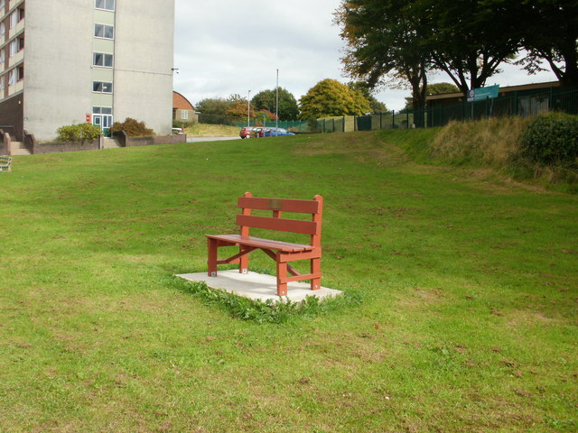 Gaer Community Network bench, Newport