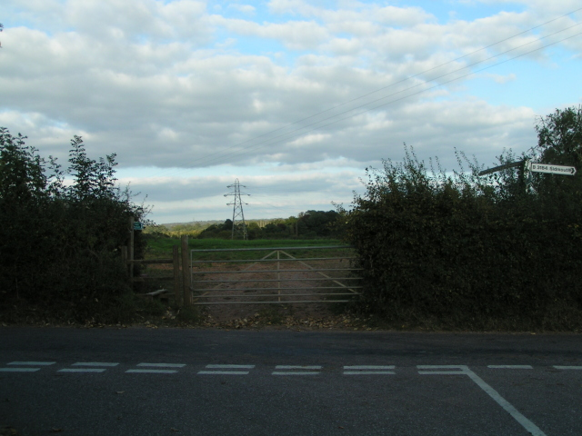 B3184 to Sidmouth and public footpath into the field