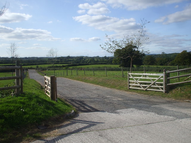 Gateway and track to Stockland Farm
