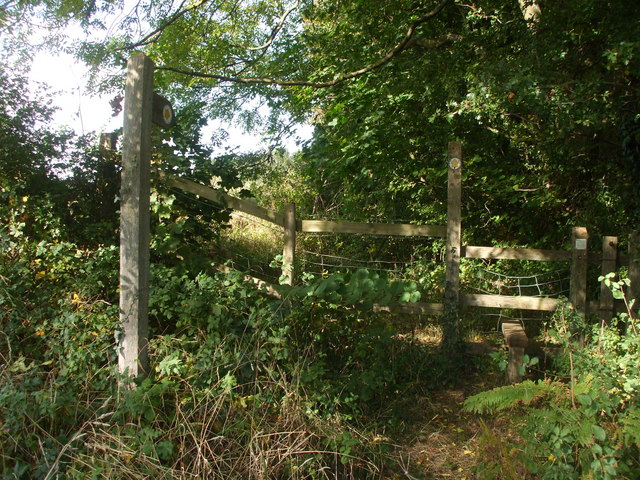Stile to footpath, St Bride's Rd