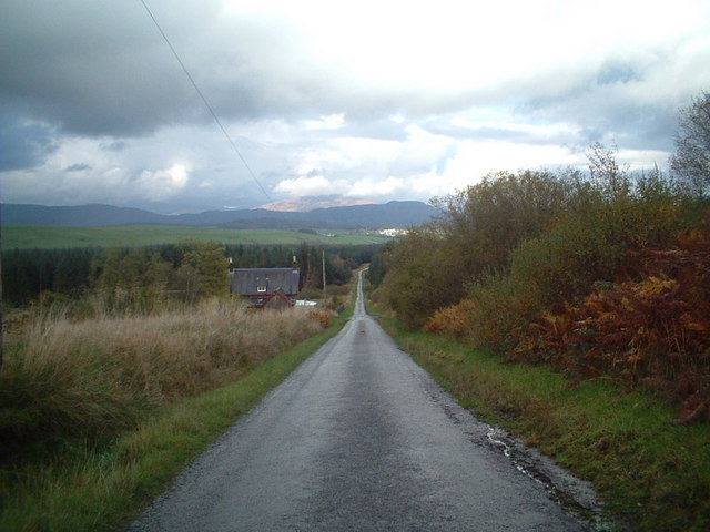 Drymen Road Cottage and road.