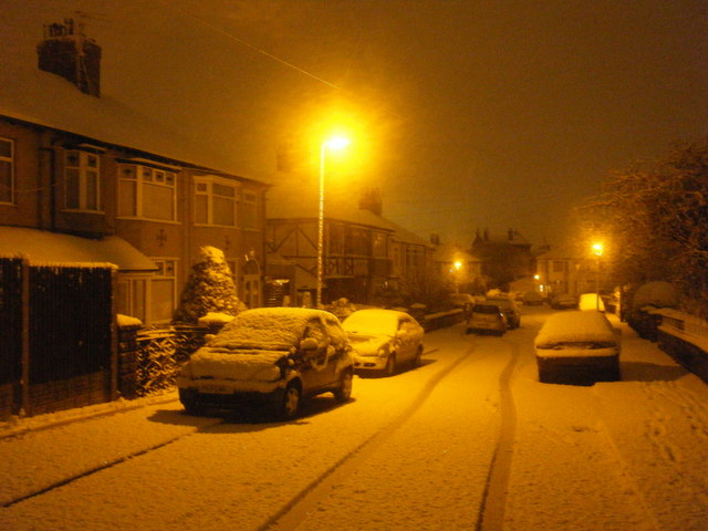 Monkswell Drive after night snow.