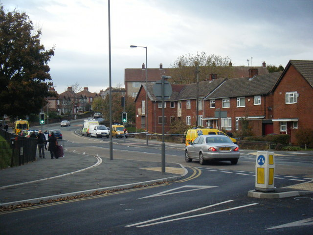 Lake Road/Mill Lane junction.