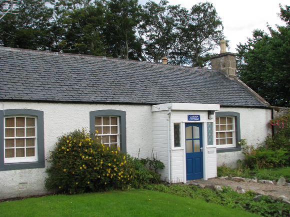 Garden Cottage, Cullen House Gardens