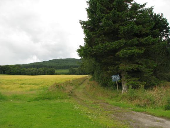 Track South West towards Little Bin from Cullen House Gardens