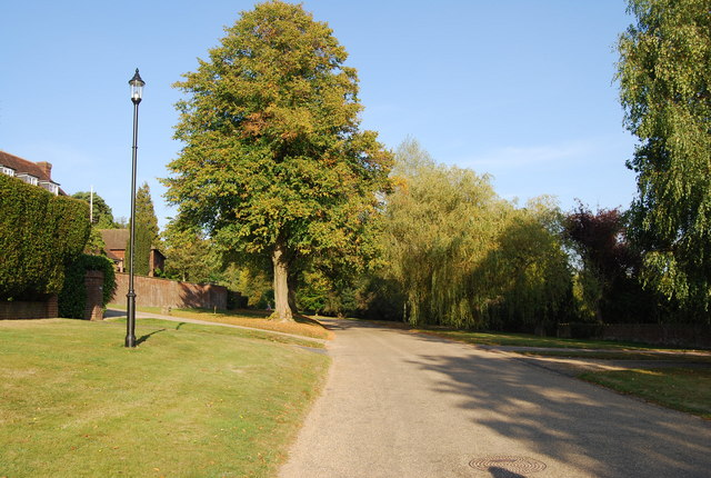 Junction of The Midway & The Crossway, Nevill Park