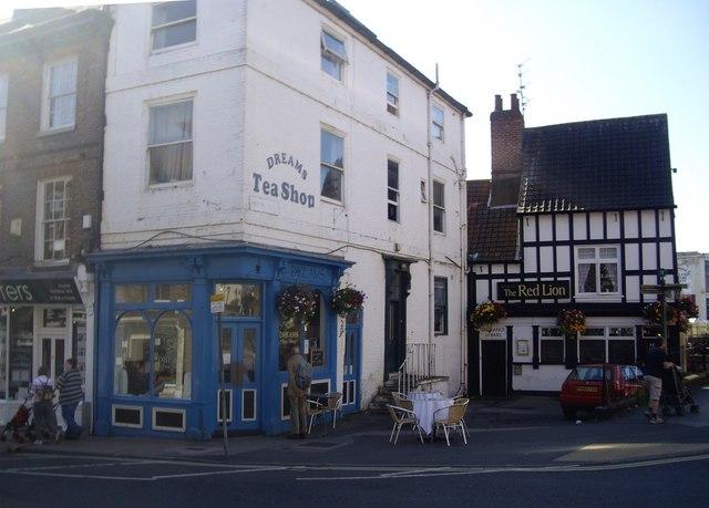 Dreams Tea Shop, Walmgate