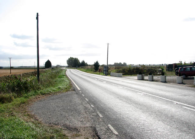View south-east along the A1101 (Burnt Fen Turnpike)