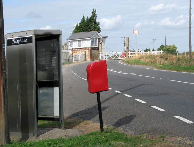 Telephone box and EII postbox just south of Shippea Hill station